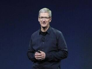 Tim Cook, atual CEO da Apple, descartou possibilidade de híbrido entre tablet e MacBook