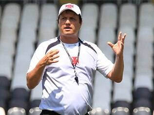 Adilson Batista, técnico do Vasco