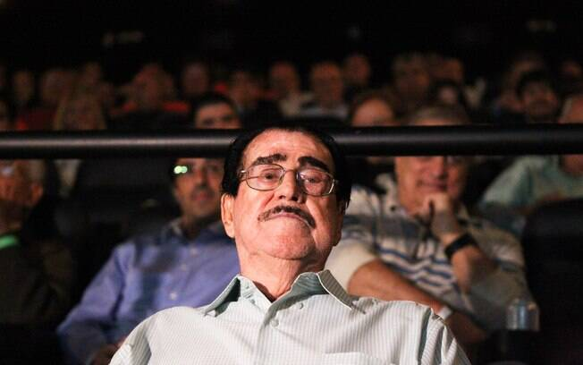 Oberdan Cattani assiste ao filme do Palmeiras no cinema