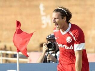 Forlán, atacante do Inter