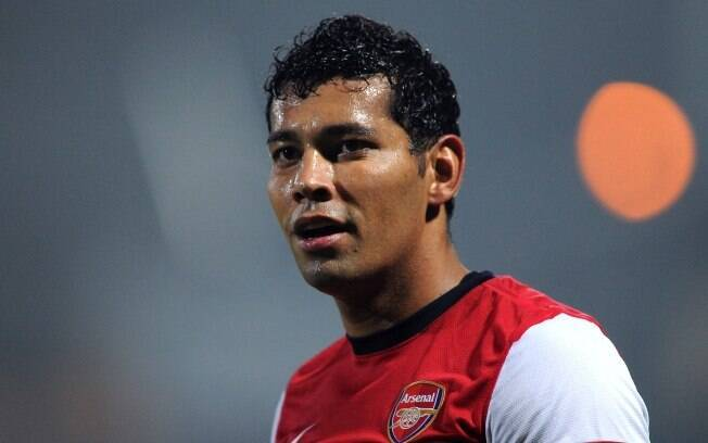 André Santos, lateral esquerdo do Arsenal, da Inglaterra