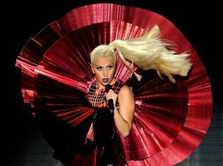 Lady Gaga durante show no MTV Europe Awards