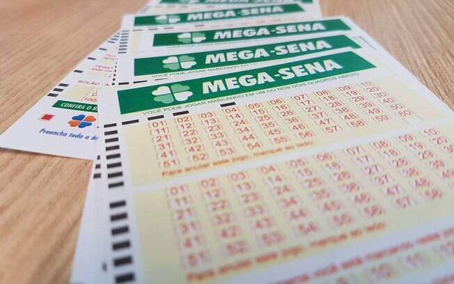 To win the main prize of the Mega-Sena, it is necessary to hit the six numbers