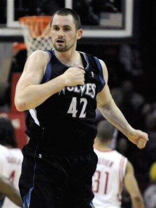Kevin Love comemora cesta contra Houston