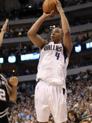 Caron Butler está fora do duelo com Lakers
