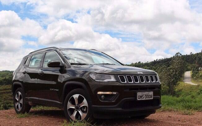 jeep compass longitude flex como anda a vers o que mais vende 24 horas news. Black Bedroom Furniture Sets. Home Design Ideas