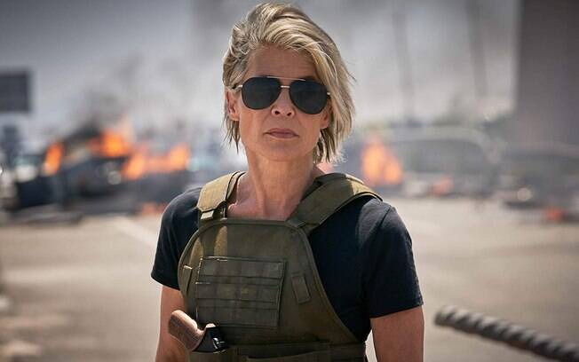 sarah connor em cena de exterminador do futuro