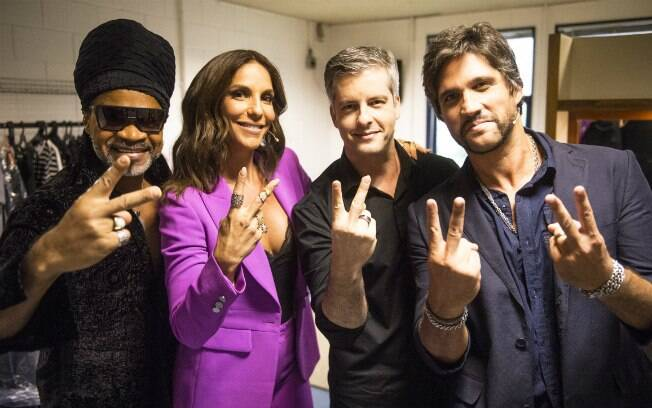 Victor e Leo são jurados do 'The Voice Kids' ao lado de Ivete Sangalo e Carlinhos Brown