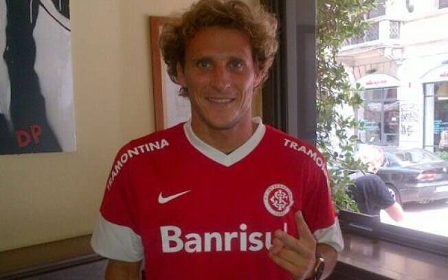 Forlán é o novo reforço do Inter