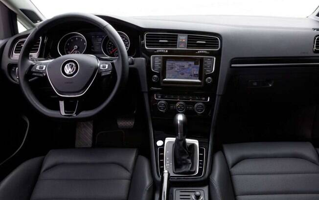 Interior do Volkswagen Golf 1.4 Flex