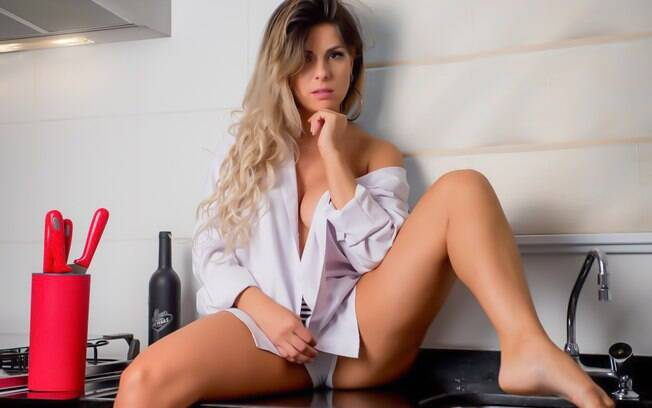 A modelo e ex-integrante do balé do