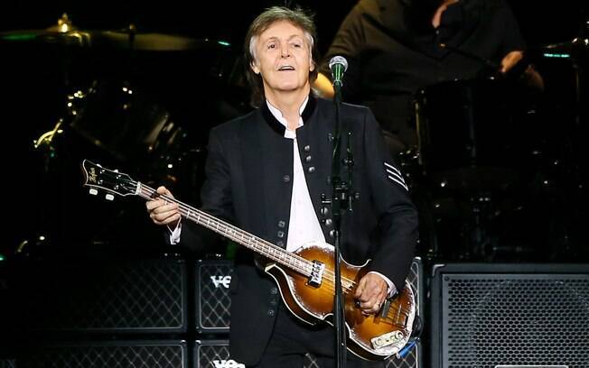 Paul McCartney durante show
