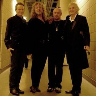 John Paul Jones, Robert Plant, Jason Bonham e Jimmy Page na reunião do Led Zeppelin, em 2007
