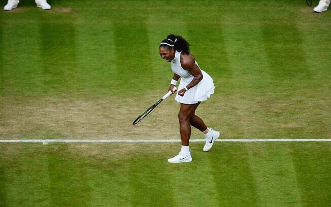 Serena Williams avançou à terceira rodada de Wimbledon
