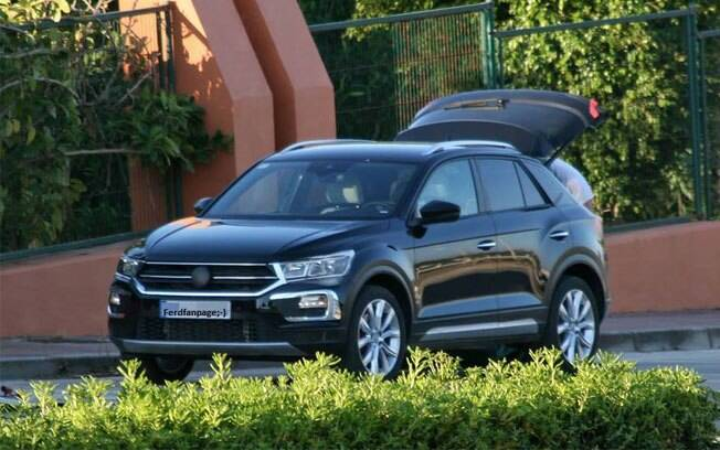 volkswagen t roc suv do golf ser lan ado no fim de 2017. Black Bedroom Furniture Sets. Home Design Ideas
