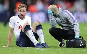 Harry Kane rompe ligamento do tornozelo e será desfalque no Spurs