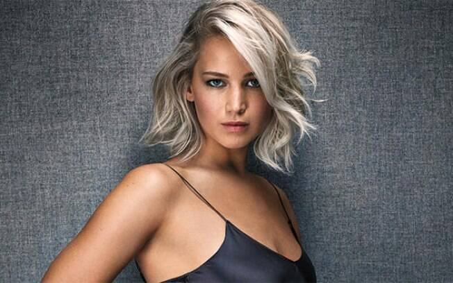Jennifer Lawrence é eleita artista do ano pela revista Entertainment Weekly