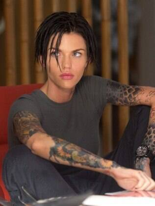 Ruby Rose é destaque no filme