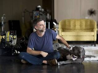 Paul Thomas Anderson no set de