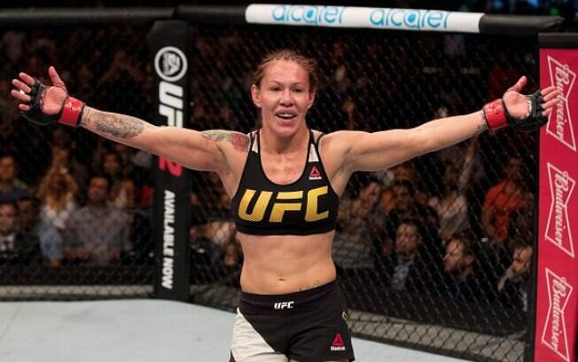 Cris Cyborg é a atual campeã do Invicta Fighting Championships