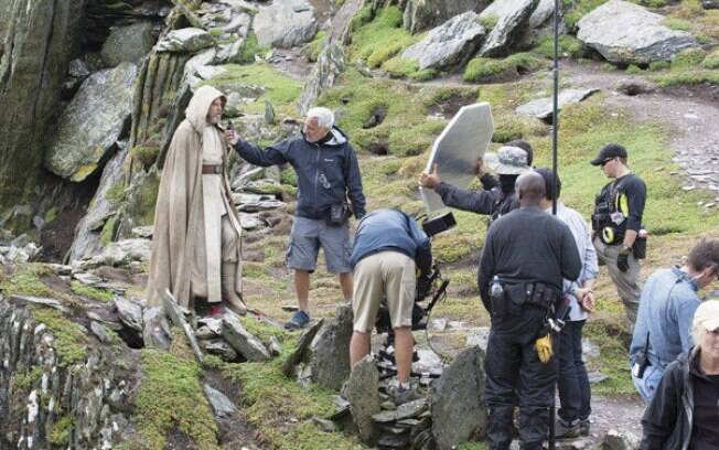 Mark Hamill, o Luke Skywalker, foi flagrado no set de gravações do novo