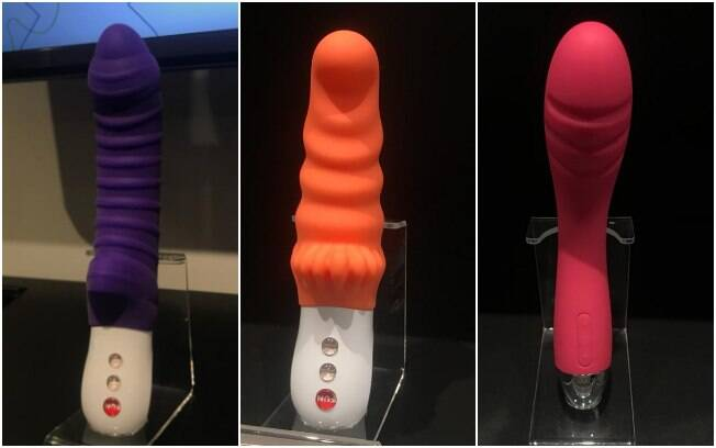 "Modelo do vibrador feminino da esquerda para a direita: ""Fun Factory Tiger"", ""Fun Factory Moody"" e ""Svakom Betty"""