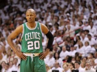 Ray Allen em ação com a camisa do Boston