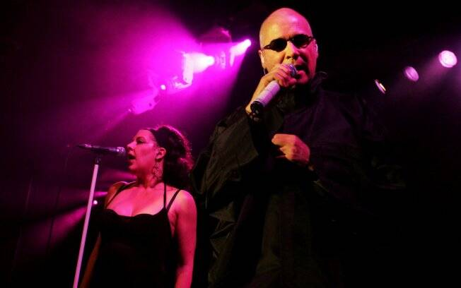 Joanne Catherall e Philip Oakey, integrantes do grupo britânico The Human League